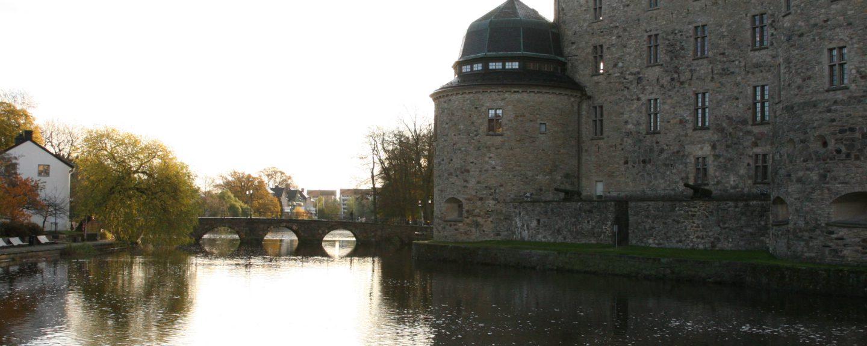 Bilden föreställer Örebro slott.
